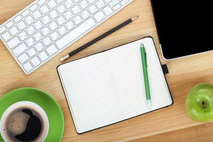 Zum Bloggen braucht man guten Kaffee, Notzibuch, Stift und jede Menge Ideen!